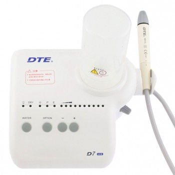 Woodpecker® DTE D7 Fiber Optic Ultrasonic Scaler With LED Light & Water Reservoir SATELEC Compatible